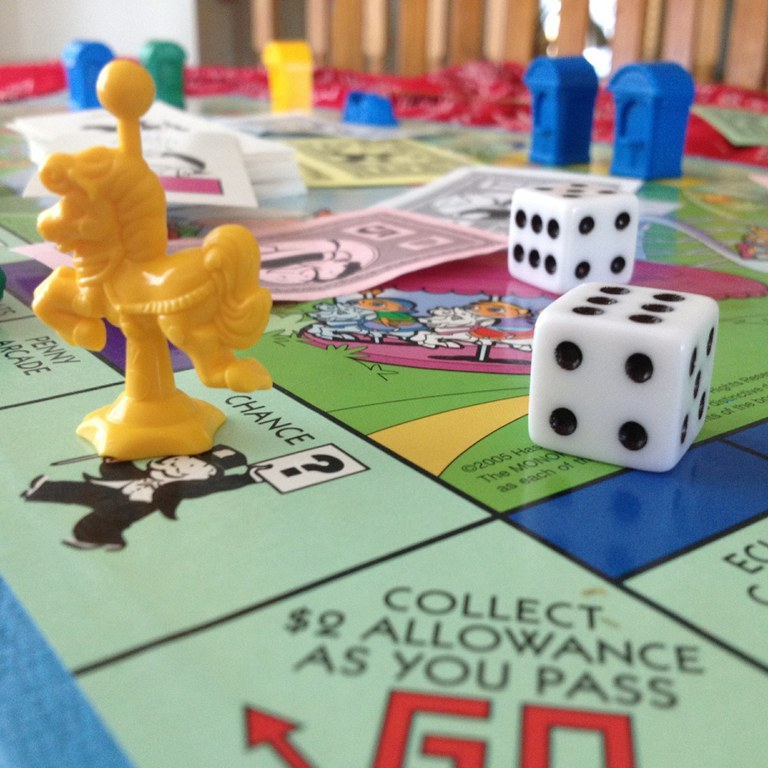 monopoly-junior-600771_1920.jpg