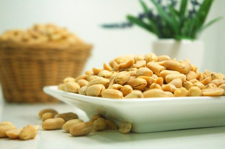 peanut-624601_1920.jpg